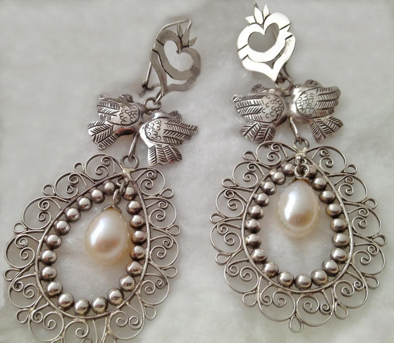 Heart Filigree For Brides Lovebirds Pearl Tita Rubli